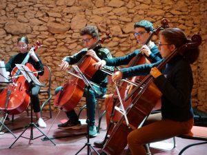 jeunes violoncellistes